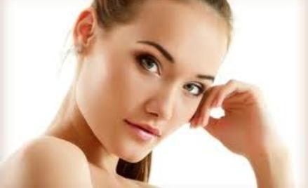 Rozmaite zabiegi dla ciała ludzkiego rekomendowane przez kosmetyczkę.